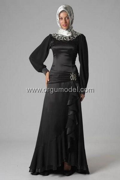siyah-abiye-nisan-elbisesi