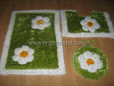 Sakallı-İpten-Çiçekli-Banyo-Paspas-Modeli