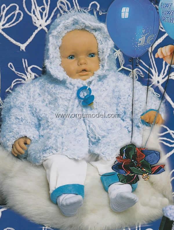 kapşonlu bebek hırkası